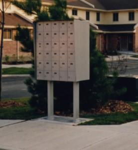 An M6000 pedestal installation.